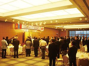 ホテル日航新潟で新潟県などが主催した、モンゴル国名誉領事就任5周年 祝賀会での両国国歌演奏 (平成24年7月6日)